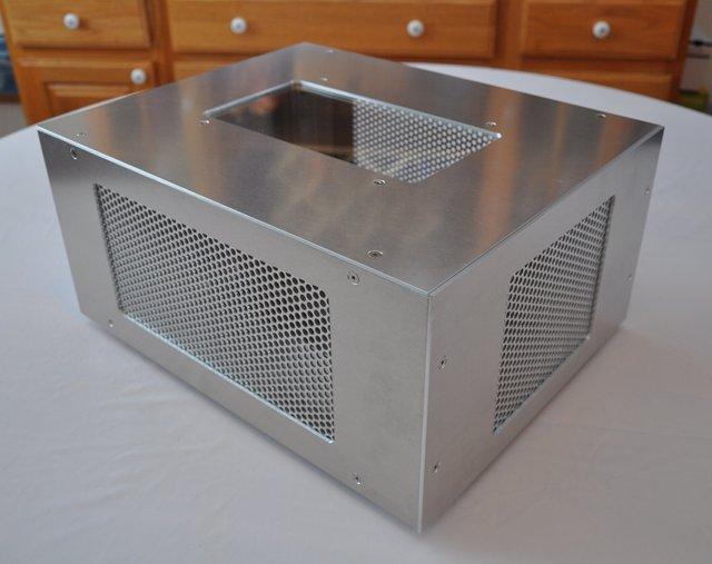 Custom liquid cool radiator box